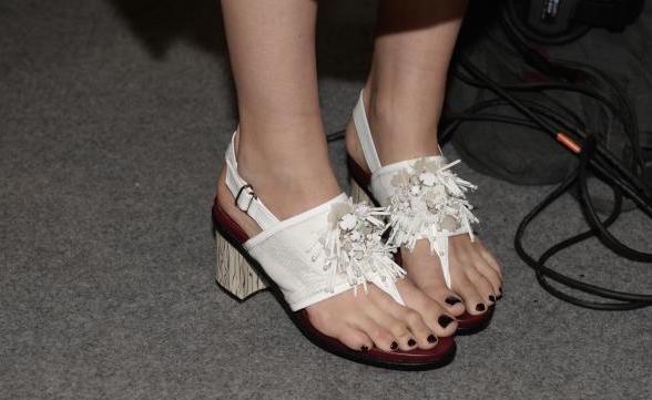 unghe smalto piedi estate 2015