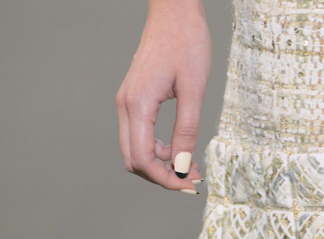 Chanel smalto unghie tendenze inverno 2015