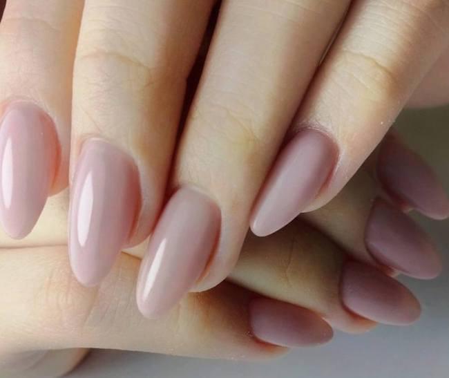 foto unghie gel naturali