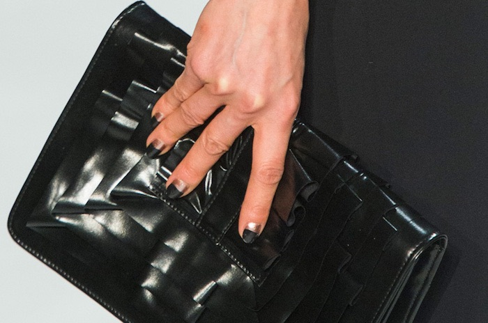 Chiara Boni unghie inverno 2018 nail art