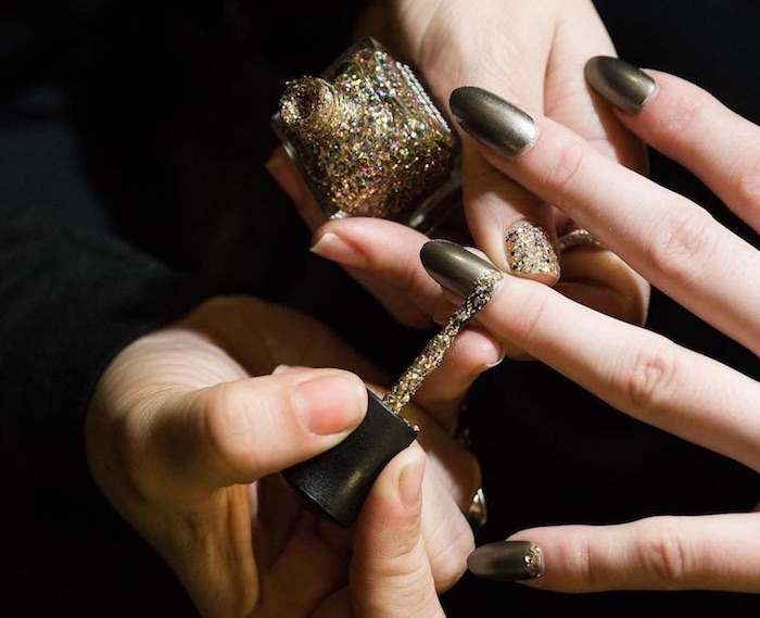 deborah-lipmann-unghie-invernali-nail-art-FW-2018