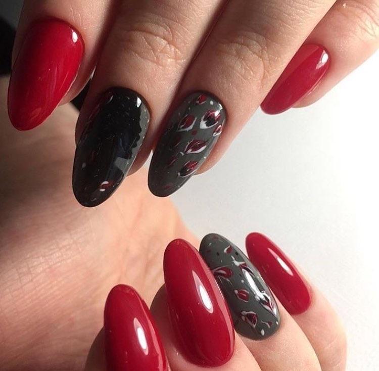 nail art moda inverno 2017 rossa