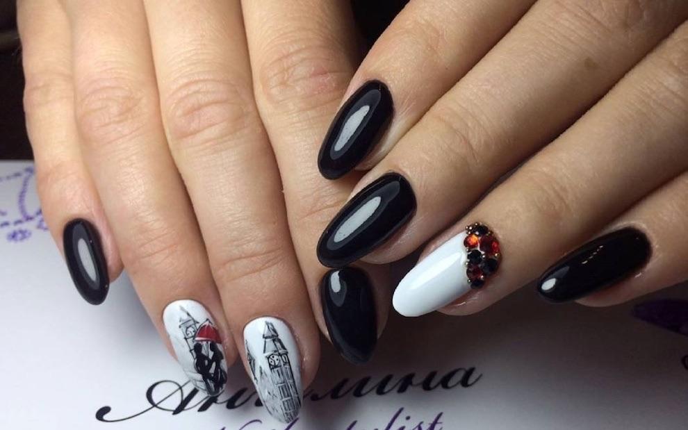 nails art bianca nera gioiello