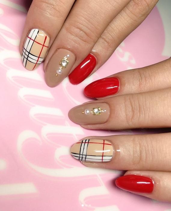 unghie invernali nail art 2018 grafiche gioiello