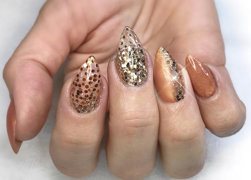 Nail art stiletto unghie natalizie 2017