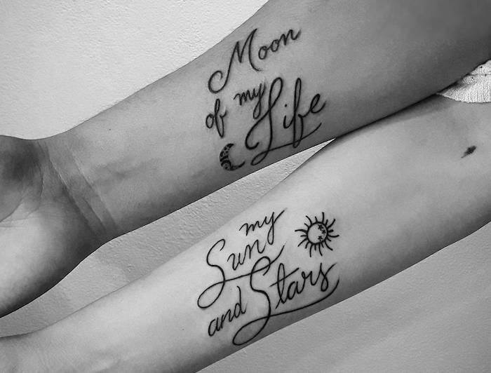 tatto braccio per coppia simboli frasi-
