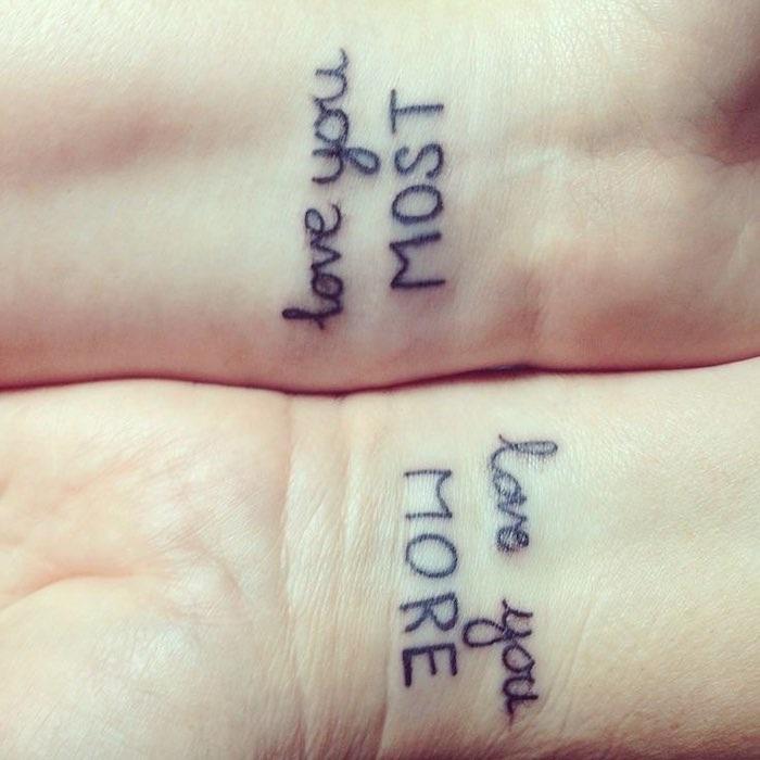 tatto coppia frasi amore polso