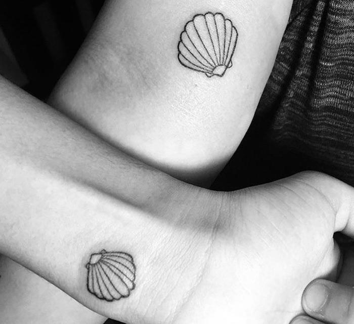 tatuaggi di coppia simbolo conchiglia