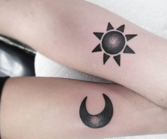 tatuaggi per coppi neri sole luna