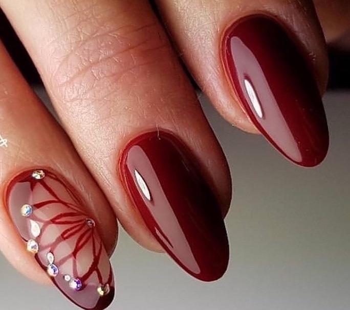 unghie rosse natalizie lucide a mandorla