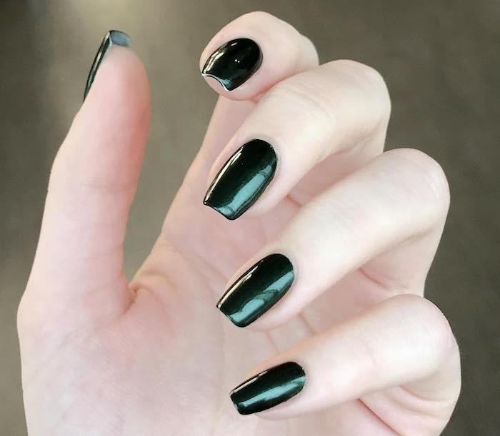 unghie lunghe smalto verde inverno 2018