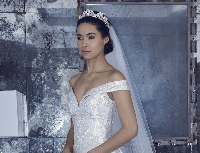 Romona Keveva acconciatura sposa 2019 velo coroncina