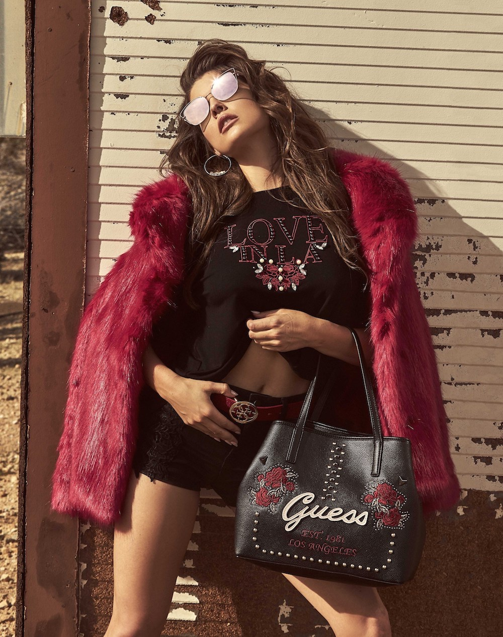 La collezione di accessori AI 2017 di Guess, un mix match