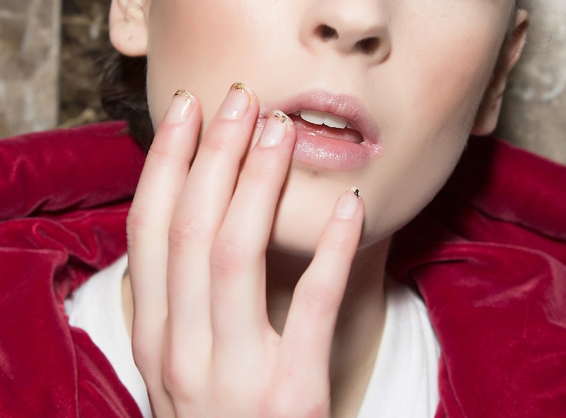 Smalto nude nail at inverno
