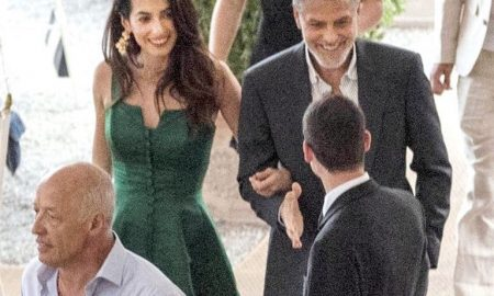 Amal Clooney abito verde vintage tendenza 2019